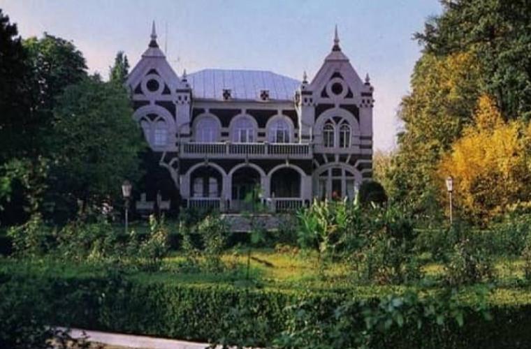 cel-mai-mare-parc-din-moldova-parcul-de-la-taul
