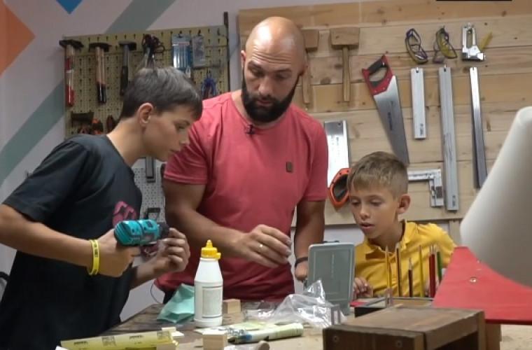 atelier-pentru-copiii-care-cresc-fara-tata