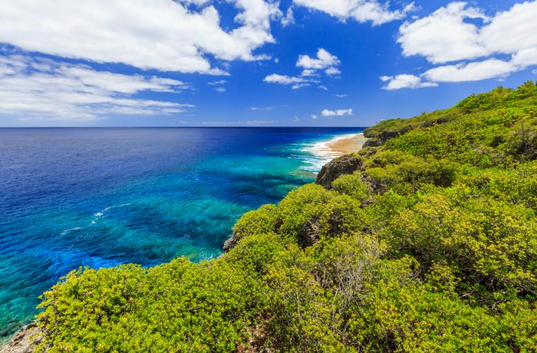 insula-niue-a-devenit-prima-tara-a-cerului-intunecat