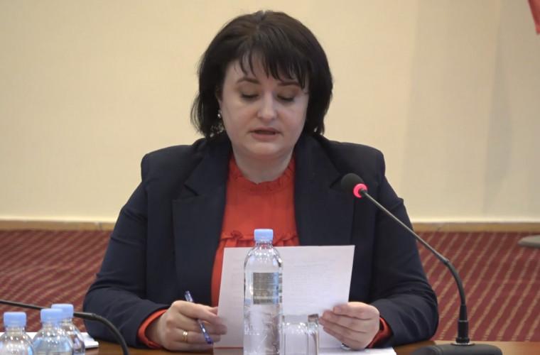 Dumbrăveanu a comentat cazul femeii infectate, care și-a organizat petrecere