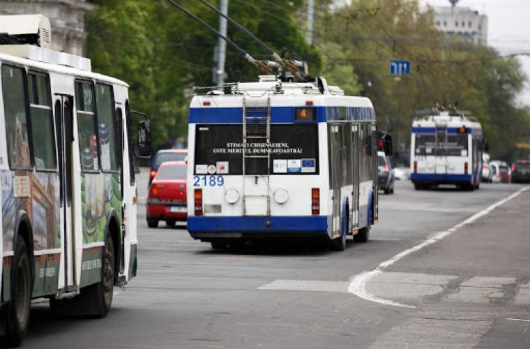 resheno-kak-budut-ezditi-trollejbusy-i-avtobusy-v-stolice