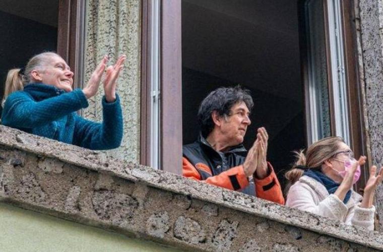 un-nou-val-de-aplauze-a-invadat-orasul-chisinau-video