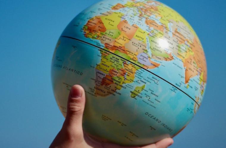 opinie-dupa-pandemie-va-exista-o-noua-lume-cu-noi-relatii-interstatale