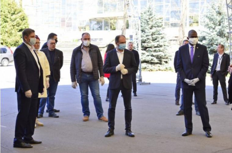 Ambasada SUA în R. Moldova a donat tehnică Centrului de triere