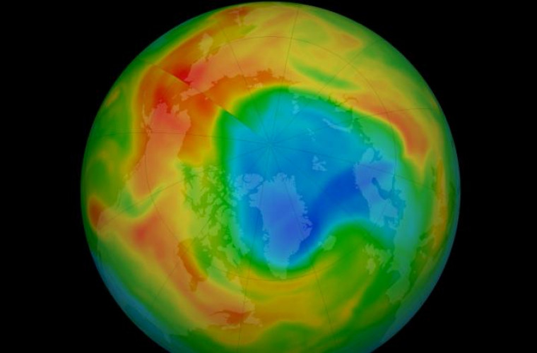 v-ozonovom-sloe-nad-arktikoj-poyavilasi-ogromnaya-dyra