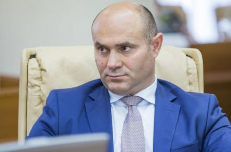 Ministrul Afacerilor Interne, testat pozitiv cu noul coronavirus