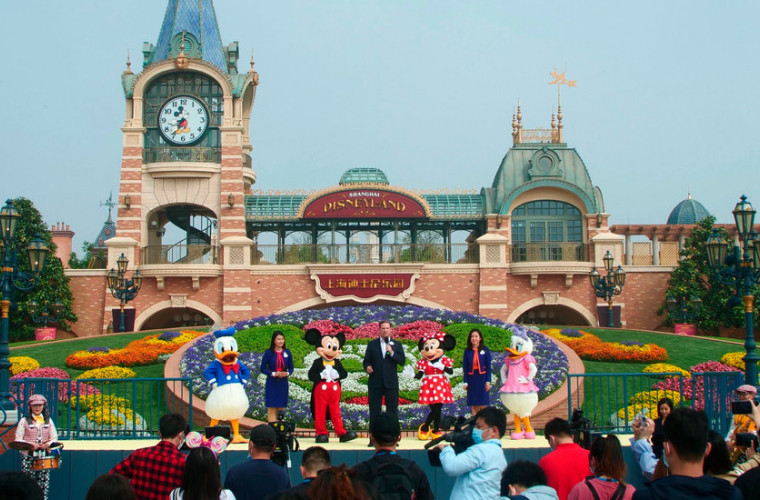Shanghai Disneyland s-a redeschis