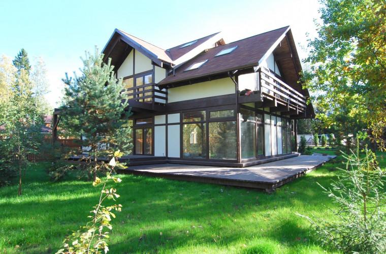În Moldova a crescut cererea pentru imobilele extravilane