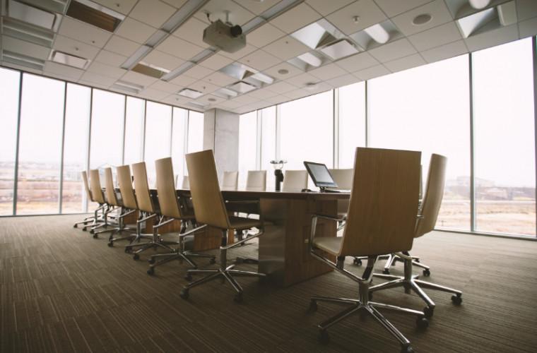 lucru-in-autoizolare-top-5-profesii-pentru-lucru-de-acasa