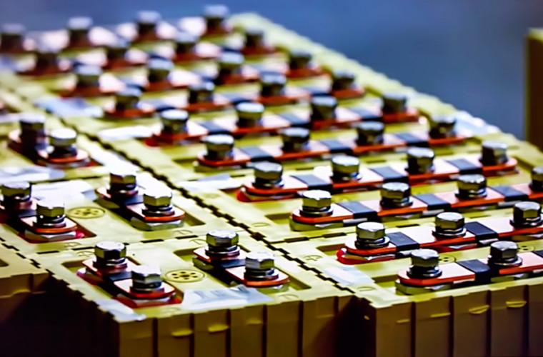 Ученые создали жизнеспособную натриево-ионную батарею