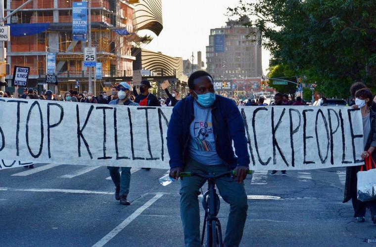 protestele-din-sua-au-scos-oamenii-in-strada-si-in-europa