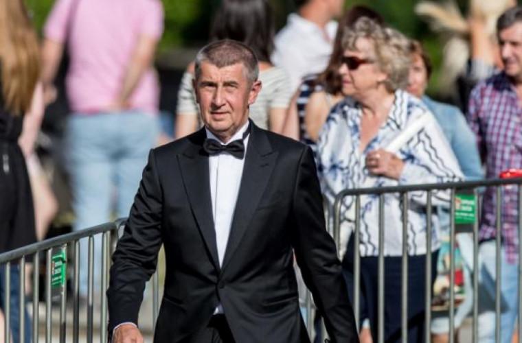 Cehia a expulzat doi diplomaţi ruşi de la ambasadă