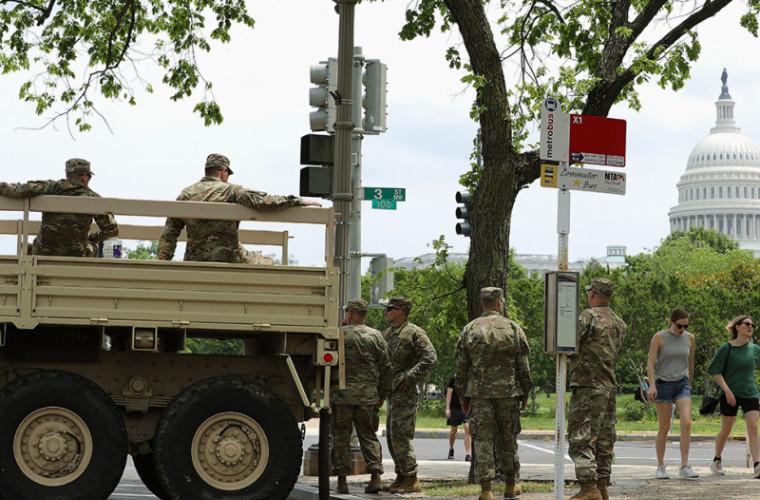 trump-ar-fi-dispus-desfasurarea-a-10-000-de-militari-in-washington-din-cauza-protestelor