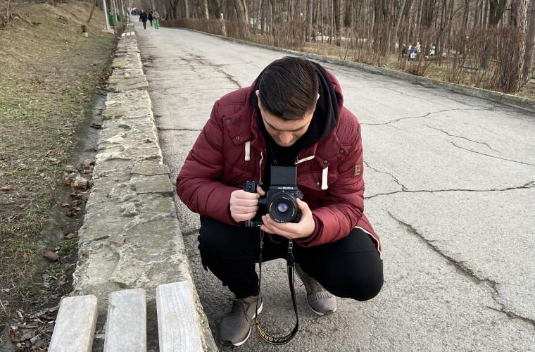 A rămas fidel vechilor tehnici fotografice (FOTO)