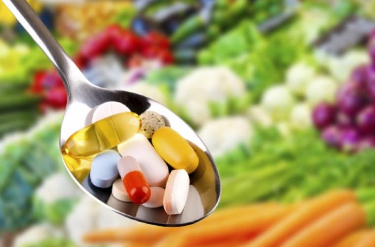 produkty-pitaniya-kotorye-ne-rekomenduetsya-sochetati-s-lekarstvennymi-preparatami