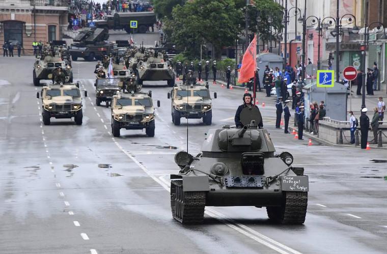 in-moldova-au-fost-felicitati-participantii-la-prima-parada-a-victoriei-de-la-moscova-din-24-iunie-1945-foto