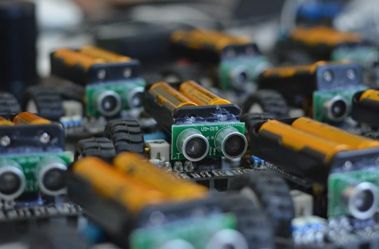 O nouă baterie care nu dăunează mediului și păstrează energia mai mult timp