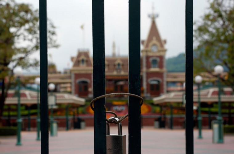 parcul-disneyland-din-hong-kong-s-a-inchis-din-nou-din-cauza-covid-19