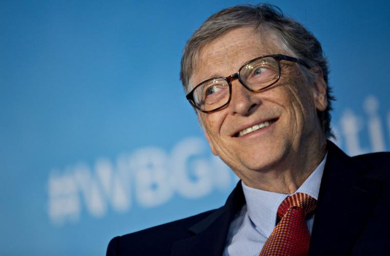 Bill Gates prognozează o scădere semnificativă a ratei deceselor cauzate de coronavirus