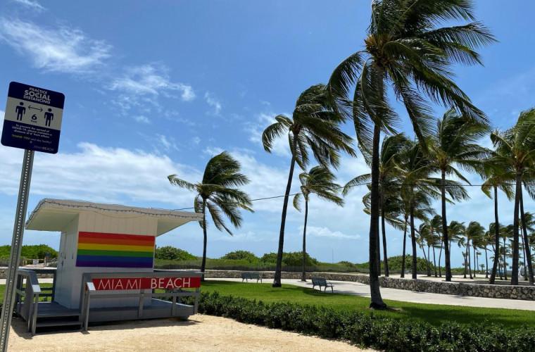 uraganul-isaias-a-provocat-mai-multe-tornade-in-sua-video