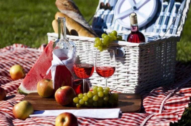 10 zone pentru picnic și frigărui din apropierea capitalei