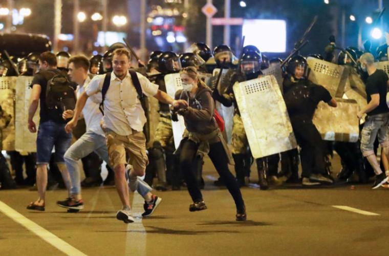 Ministrul belarus al Sănătății confirmă decesul a doi protestatari
