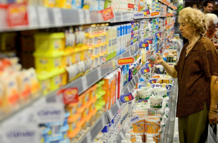 ansa-a-confiscat-si-distrus-zeci-de-kilograme-de-produse-alimentare