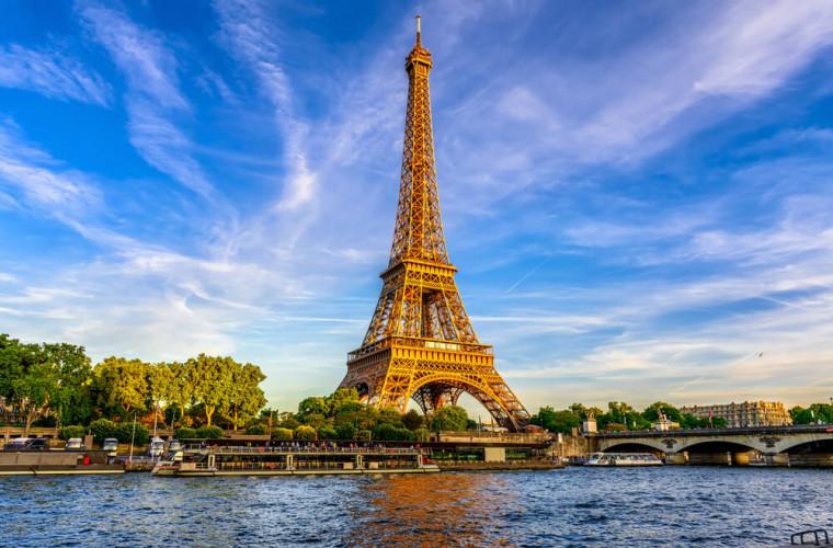 Franţa: Activitatea economică a revenit la 95%