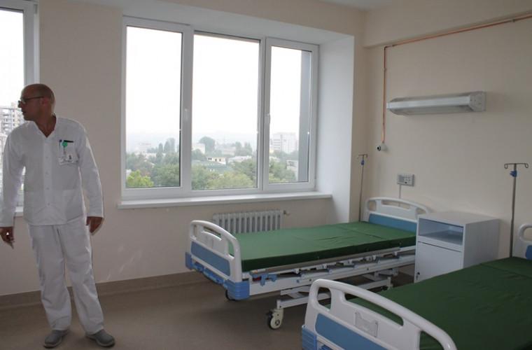 cite-paturi-pentru-pacientii-cu-covid-19-mai-sint-in-spitalele-din-capitala